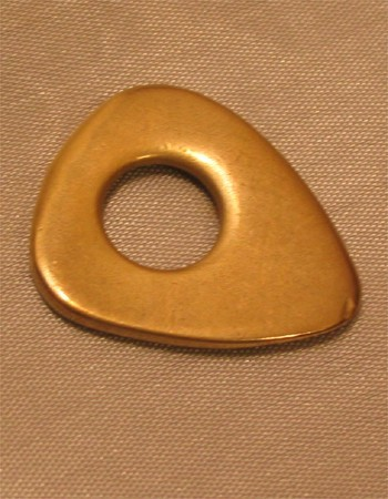 Dugain Bronze mit Loch