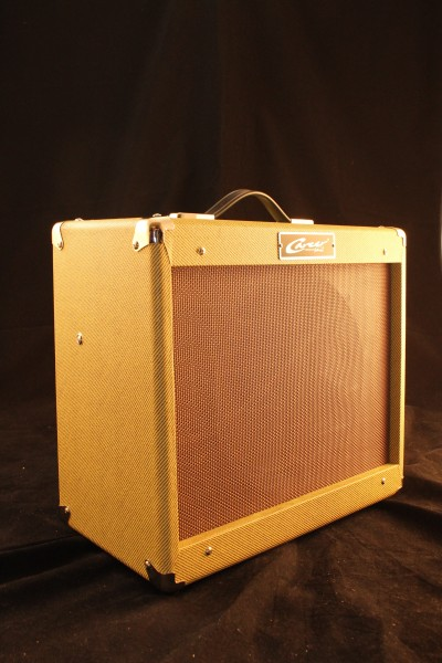 Career AF Tube Amp by Felleretta Tweed